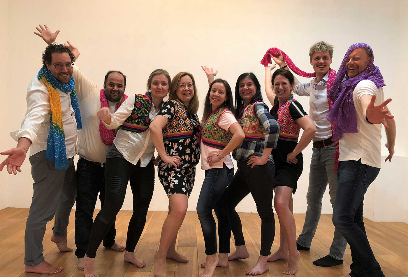 Group-lessons-bollywood-dance-amsterdam-min