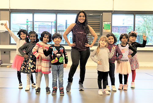 Online-Bollywood-Dance-Class-For-Kids